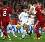 Aberdeen 1 Burnley 1: Vokes strikes late leveller in Europa League tie