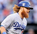 Dodgers make Turner's four-year deal official