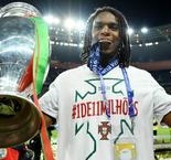 Renato Sanches named Euro 2016 Young Player of the Tournament