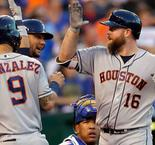 Astros continue to shine with 11th straight win