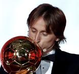 """Zidane: """"I Feel Sorry"""" For Anyone Who Doesn't Think Modric Deserved Ballon d'Or"""