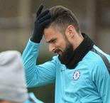 Giroud plays down Chelsea crisis talk