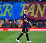 Coutinho Stunner Hands Barcelona Victory In Iniesta's Farewell