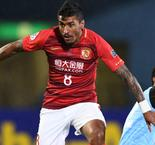 Barcelona buying Paulinho a boost for CSL, says Villas-Boas