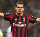 AC Milan's Andre Silva sent on loan to Sevilla