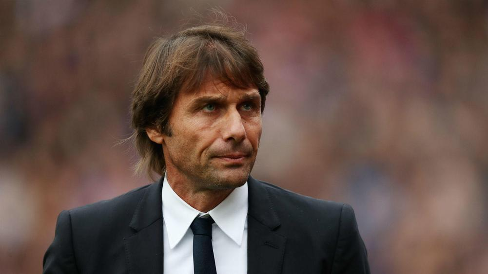 Frustrated Conte aims dig at Chelsea over signings