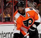 Flyers extend winning streak, Islanders fall to Red Wings