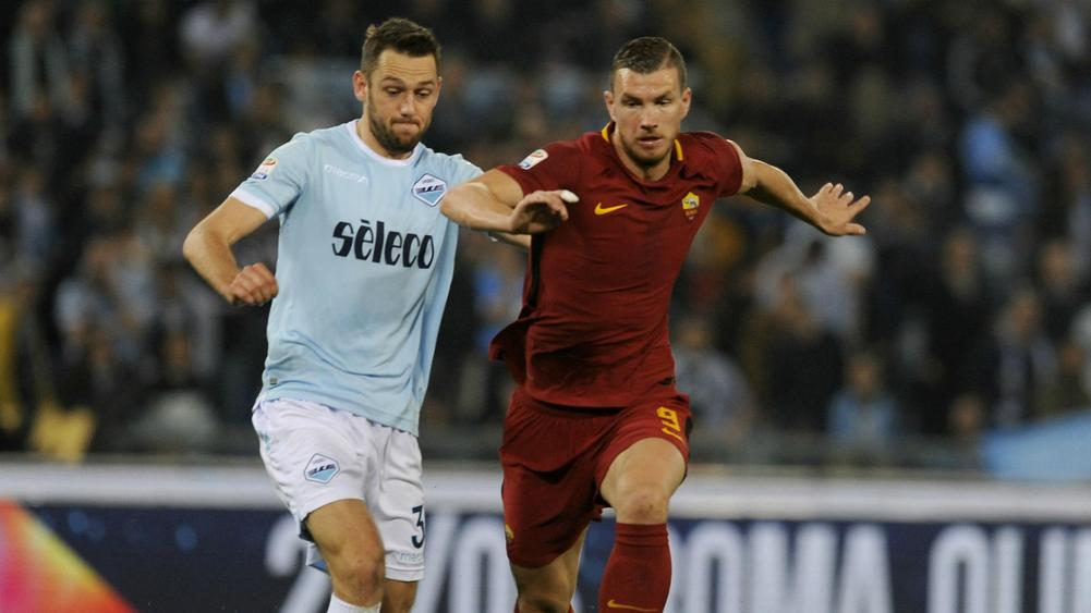 Stefan De Vrij and Edin Dzeko - cropped