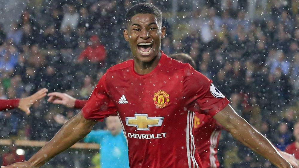 Rooney: Rashford's time will come for United