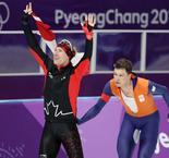 Patinage de vitesse-10 000m (M): Un Canadien s'impose