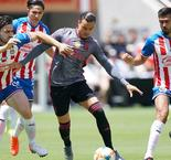 Benfica cruises to victory over Chivas