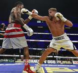 Golovkin, Alvarez scared to face me - Saunders