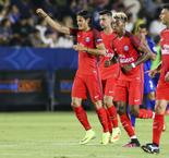 PSG cruises past Leicester