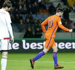 Fast-finishing Oranje stay alive in World Cup qualifying