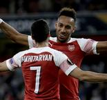 Aubameyang nets two as Arsenal cruises