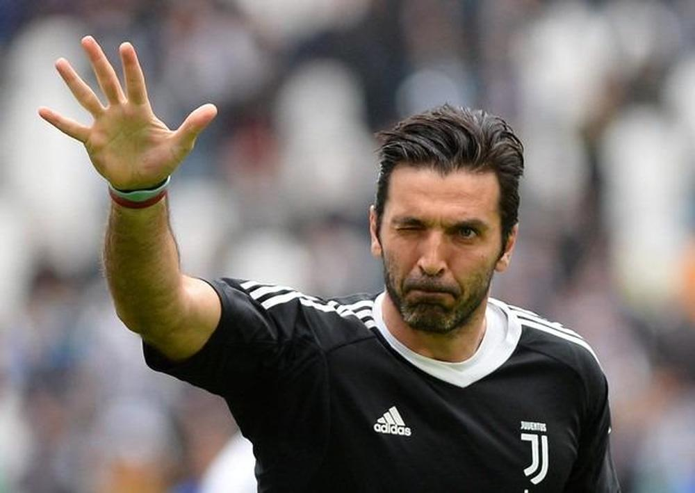 Gigi Buffon quitte la Juventus — Officiel