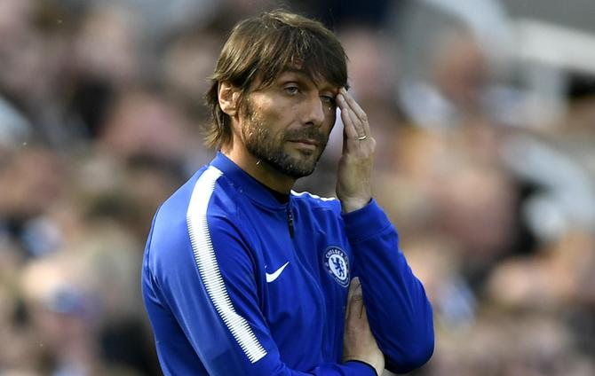 Chelsea must think 'three times' before sacking Conte, says Vialli