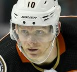 Ducks veteran Perry out for five months with knee injury