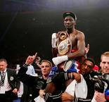 Super-légers/WBO-WBC: Crawford domine Diaz