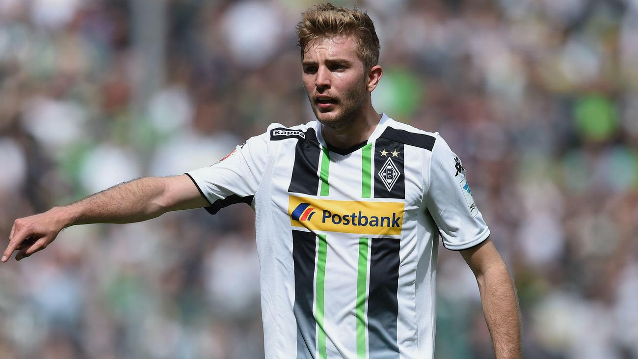 Gladbach moves for Leverkusen's Kramer