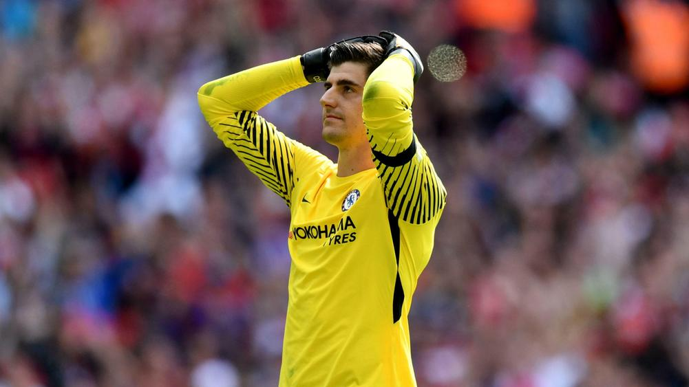 Petr Cech 'surprised by Thibaut Courtois penalty'