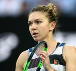 Halep withdraws from Stuttgart Open with hip injury