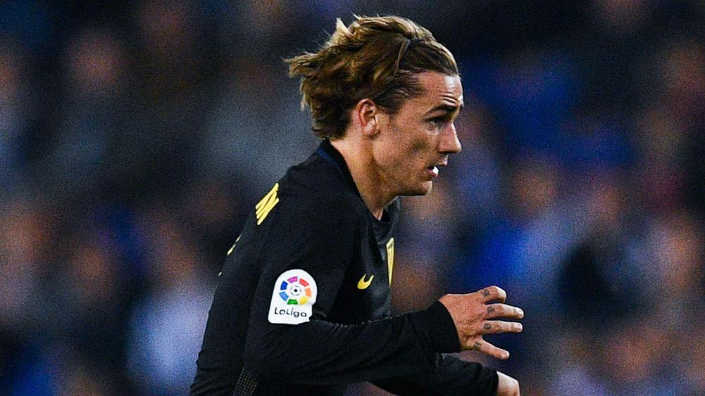 Man Utd target Antoine Griezmann storms out of interview after transfer question