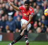 Rashford double sees United past Liverpool