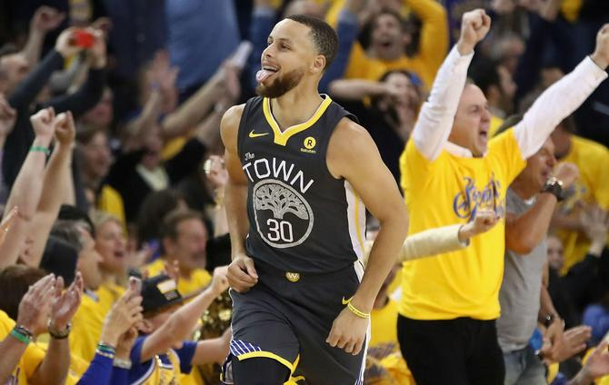 Curry 'felt great' in impressive return from injury
