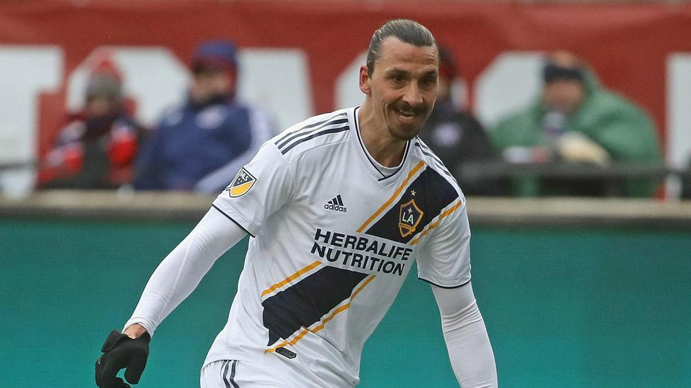 sale retailer c1558 74ffe BREAKING NEWS: Zlatan Ibrahimovic Re-Signs With LA Galaxy ...