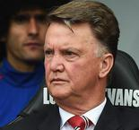 Van Gaal throws hissy fit at journalist