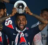 Dani Alves confirms PSG departure