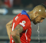 Chile Without Arturo Vidal And Claudio Bravo For Paraguay Friendly