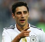 Stindl poaches glory for young Germans
