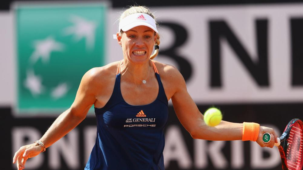 Kerber out of French Open in first round