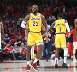 "Lakers: LeBron James réclame de la ""patience"""