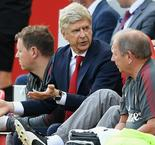 Wenger: Arsenal fans cannot be negative
