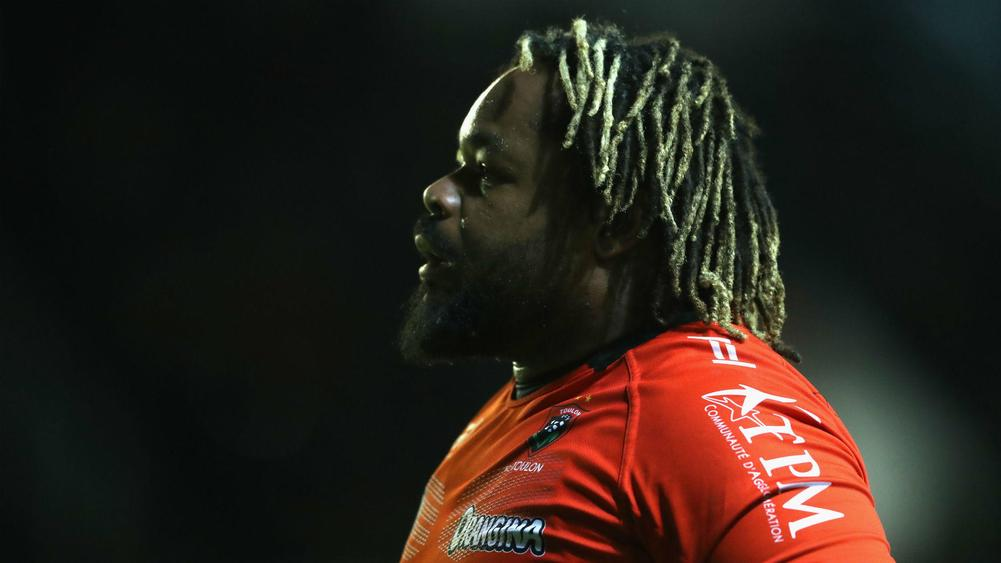 Mathieu Bastareaud: Toulon centre apologises for homophobic comment