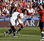 Lloyd Leads USWNT Past Chile, 3-0, And Into World Cup Round Of 16
