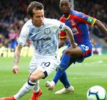 Woodwork denies Toffees as Palace clings to draw
