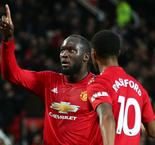Berbatov defends under-fire Lukaku