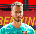 Barcelona's Neto faces two months out