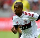 Douglas Costa Reveals He Snubbed Chelsea For Bayern Munich Due To Pep Guardiola