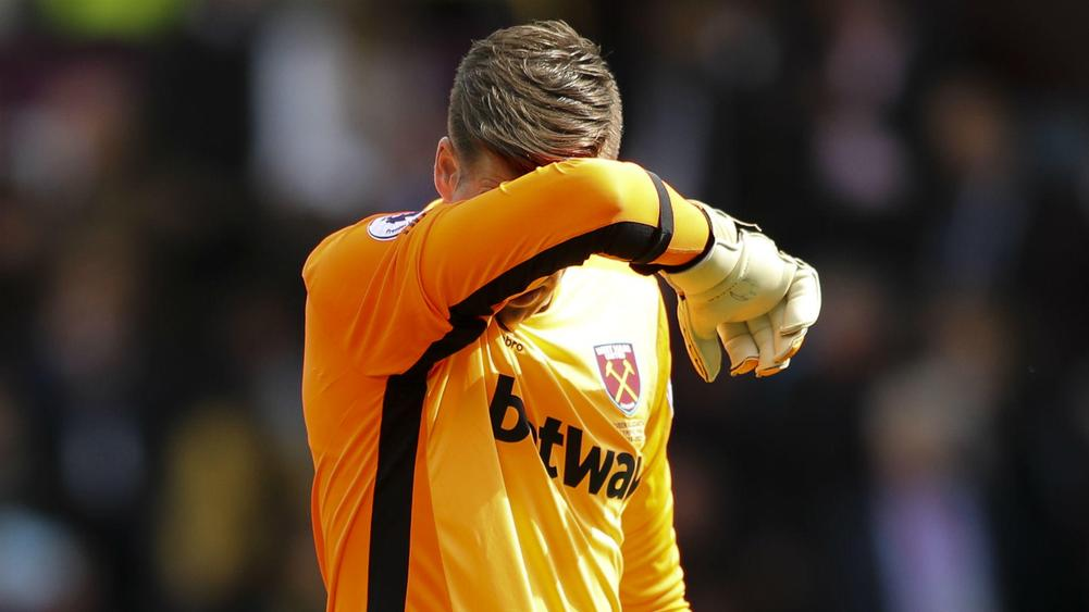 Hart joins West Ham on Loan