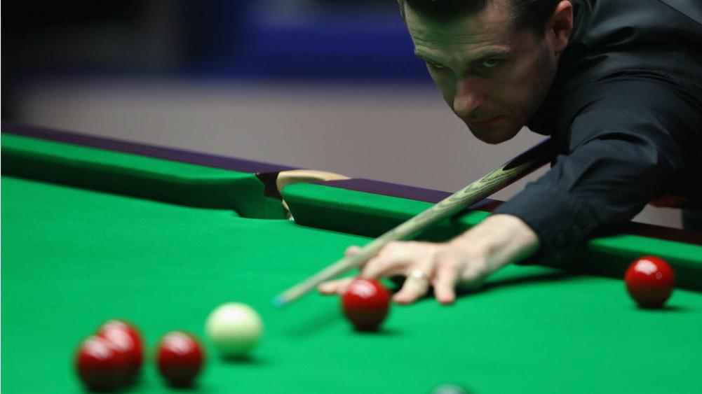 Mark Selby Defends World Championship