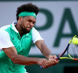 Red-hot Tsonga seals final berth in Vienna