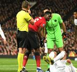 Manchester United 0 Paris Saint-Germain 2: Pogba sent off as Solskjaer suffers first loss