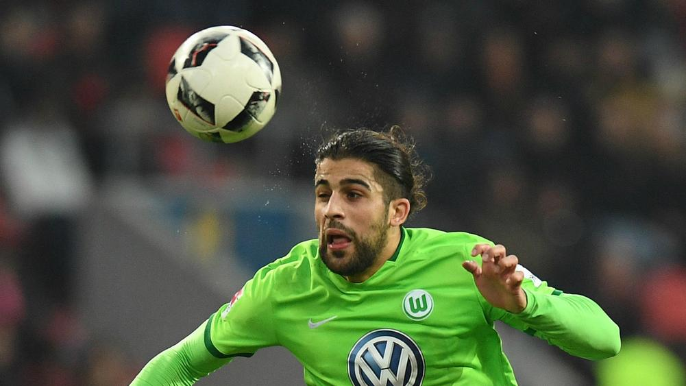 Wolfsburg clinches Bundesliga survival with playoff win