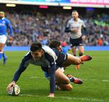 Italy sets unwanted record as Scotland claims win