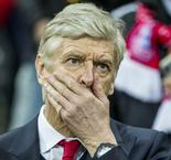 Stunned Wenger struggles to process Arsenal 'collapse'